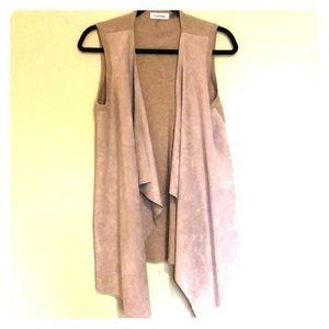 Calvin Klein Sz M faux-suede beige flyaway vest